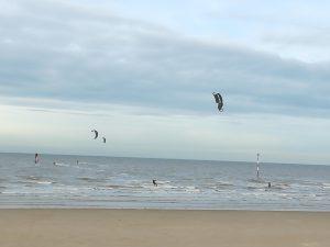 kite surfers at minnis bay